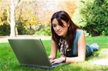 college-timeline-laptop