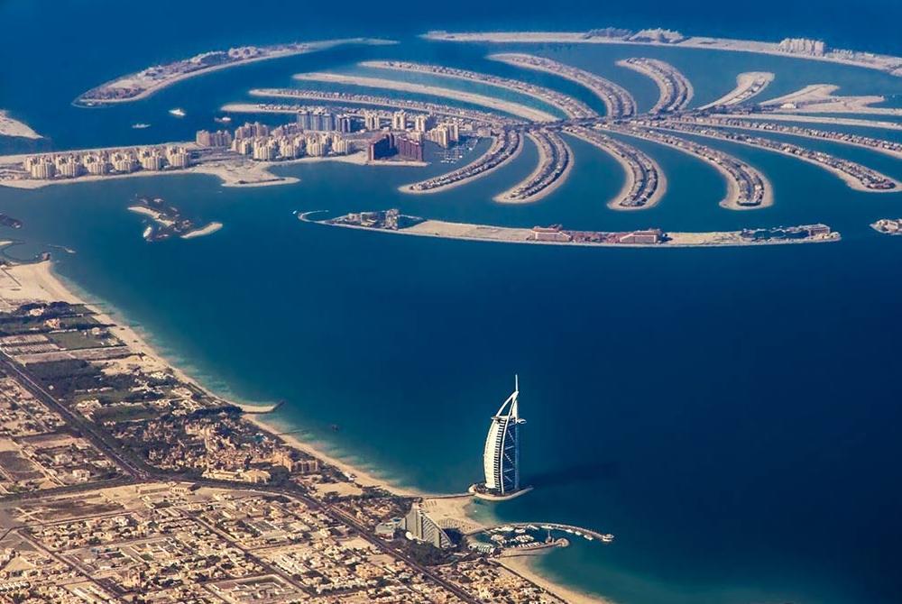 Palm-Jumeirah-Dubai-UAE